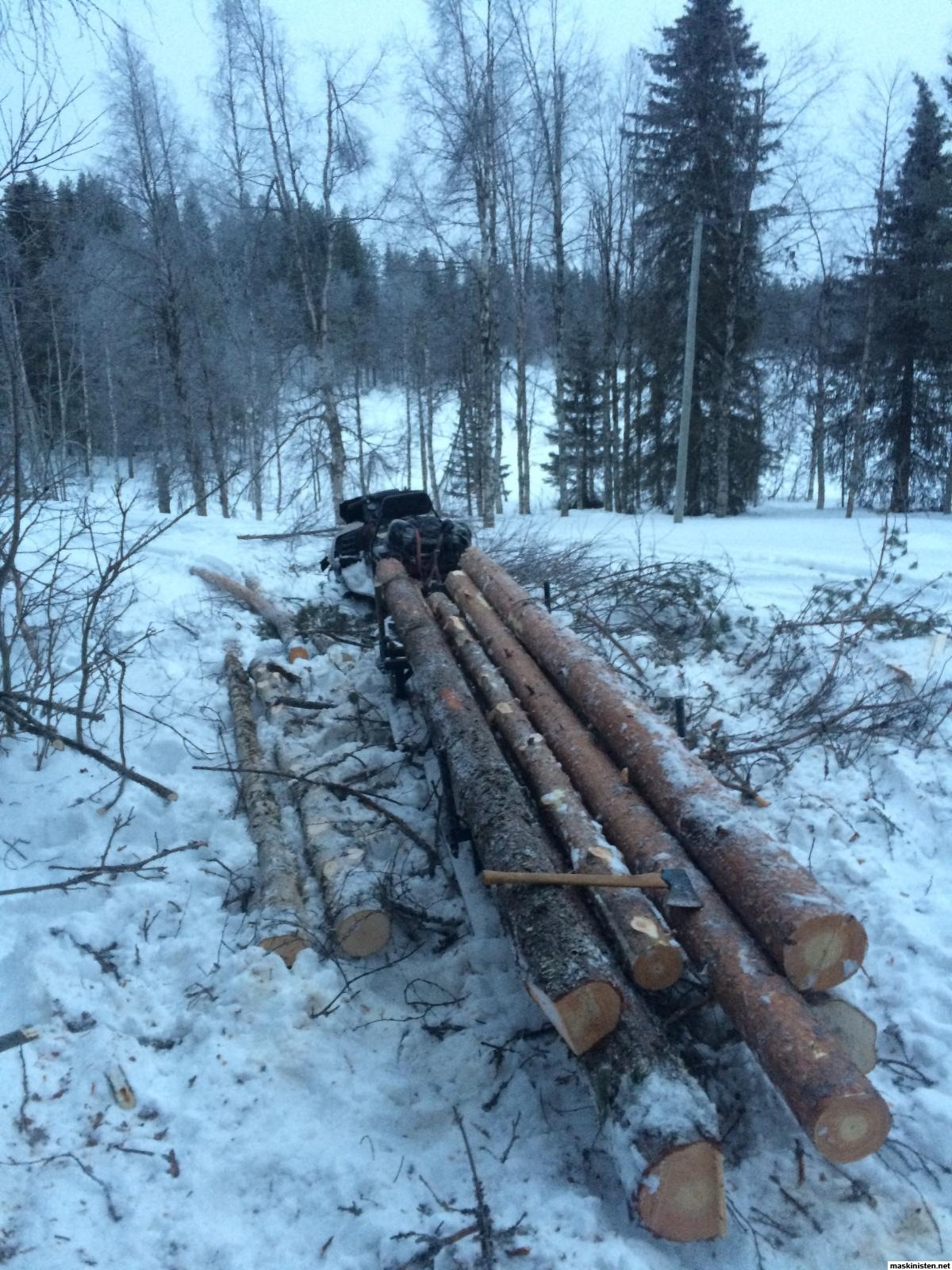 Fredriks skogsnybörjerier • maskinisten