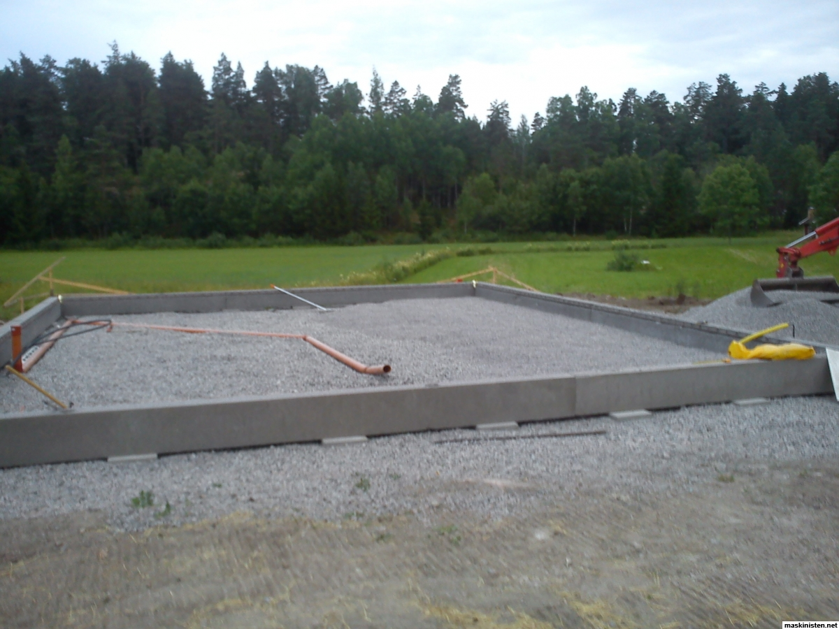tjocklek betongplatta maskinhall