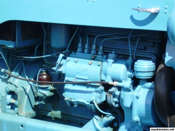 simms pump ford tractor