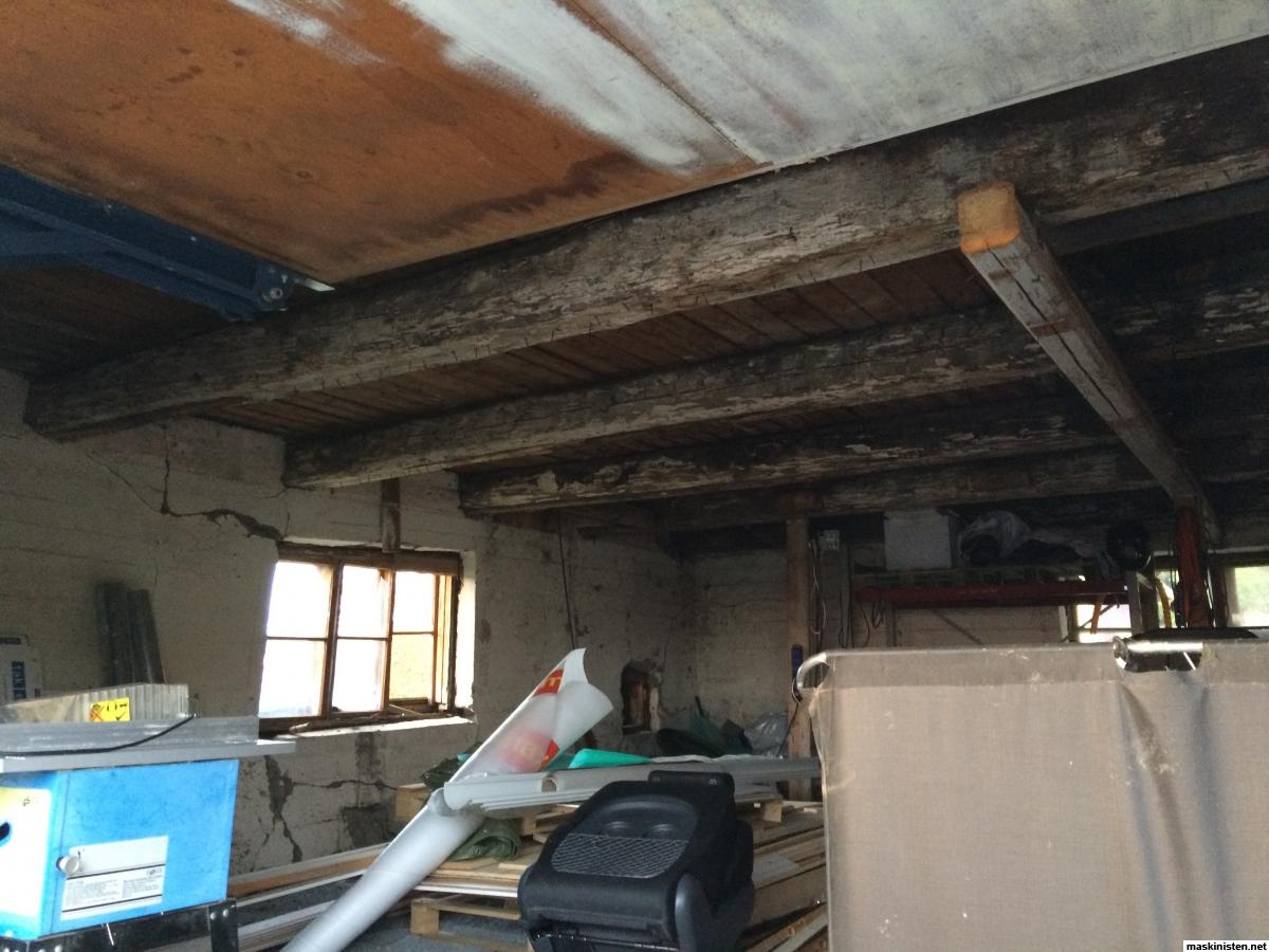 Inredning gjuta platta garage : Ombyggnad av ladugÃ¥rd till Garage & Verkstad. • Maskinisten